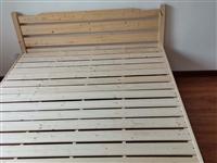 两米乘一米五实木床  买来两个月