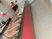 因店铺转让,现有八成新加厚熟食柜台,加厚不锈钢盘子出售。有意者,价格面议,请电话联系:1330546...