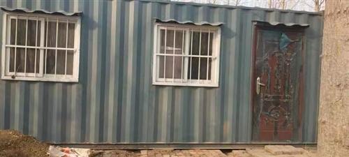 出售集装箱房,3×6米,九八成新,带保温。