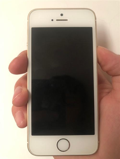 出售自用苹果se,32g,9成新,面对面交易,想要的联系19929103273