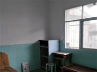 南城实验中学旁边房屋出租,二室一厅一厨一卫拎包入住,租金每月550元