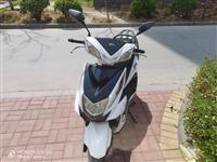 精品王野踏板摩托车九成新发动机不渗一点油,跑五万公里一点问题没有。不烧一点机油车况非常好非常省油是灯...