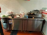 雪村不锈钢1米8大操作台 保鲜冷藏两用  买的新的 只用了两个月
