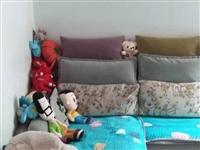 处理沙发,长度大约93×171,贵妃座97×186,放在新家不合适所以便宜转,有喜欢的朋友联系,不支...