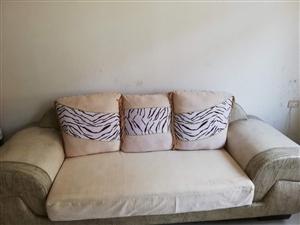 3+2+1沙发带茶几装修怕沾灰八成新大悟县城内