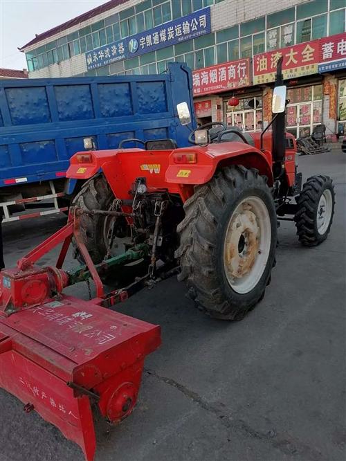 新耕地拖拉机,在家搁置,有意者打电话联系!