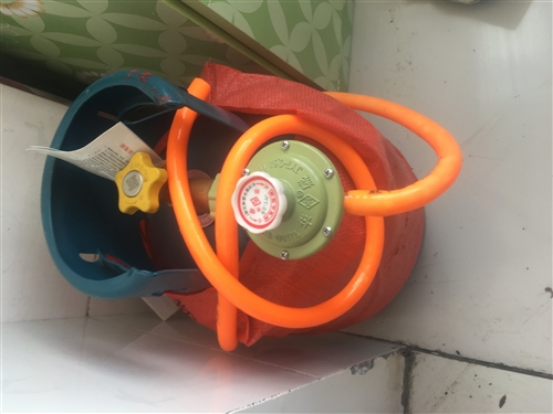 5KG**煤气罐,买回来未用过,出售