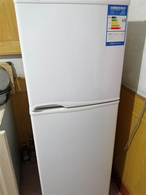 二手冰箱  八成新   因为搬家无法带走