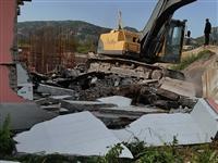 张星镇蒋家村一养殖场被拆除,对方却不履行合同约定