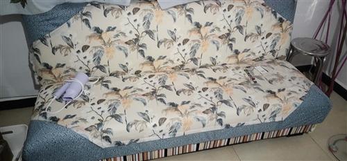 刚买的新沙发,原价480现在只要380