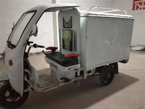 出售:电动三轮车,有牌照,手续齐全,保过户!13784488028