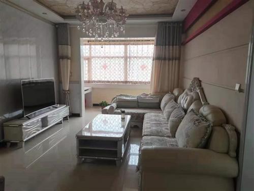 世紀花園b4區 95平米   2室2廳1衛  黃金樓層    精裝修  可拎包入住  可按揭  售價...