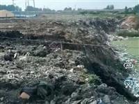 垃圾成山,水源污染