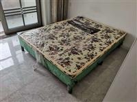出售床两张,餐桌,椅子四把,