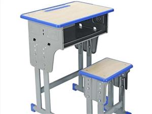 �理一批桌椅板凳,�o��C��使用的,�系��13849241917