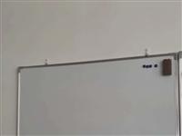 宽90cm,长120cm墨水写字白板5块,刚买不到一个月,现大折扣出售300元,可单卖,有意联系
