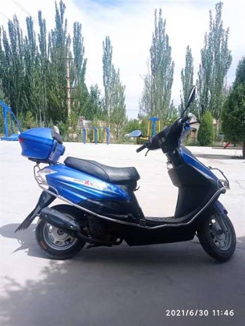 八成新大阳摩托车出售,车况好,省油,动力强劲