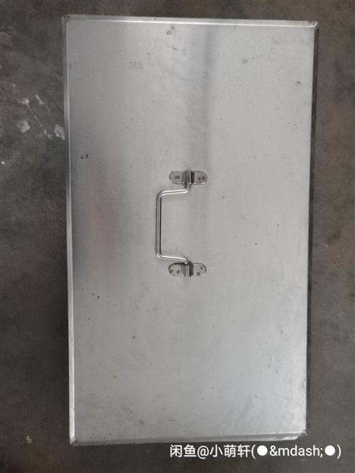 纯不锈钢材质餐盘 蒸车用的  蒸饭 煮粥 煮奶都可以  用途广泛 重量一个7斤重  挺有份量的 内径...