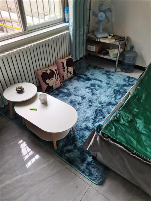 房屋转租   床  热水器  洗衣机   衣柜  饮水机   鞋柜  打孔窗帘  地毯   设备齐全...