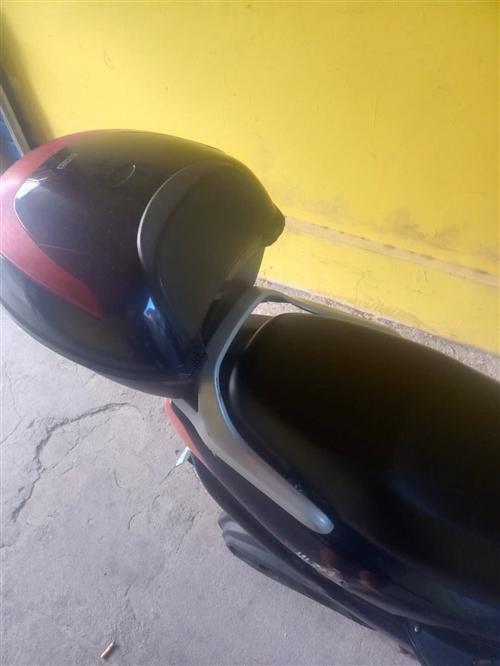 二手电瓶车出售,不能上牌,800出,需要的可以联系我:18601713196,微信同号