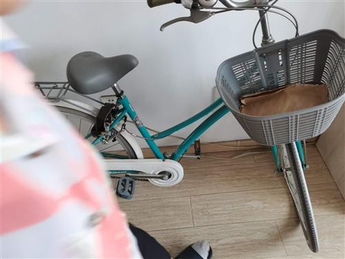 一次没骑过的捷安特变速自行车,现转让。 有意者请电话联系!**的!**的!**的!