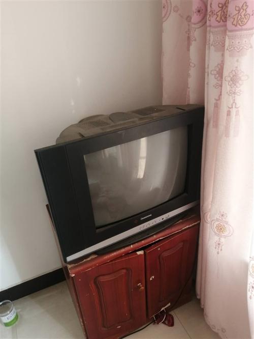 老式彩電視,完好無損,圖像清晰,價格可以商量
