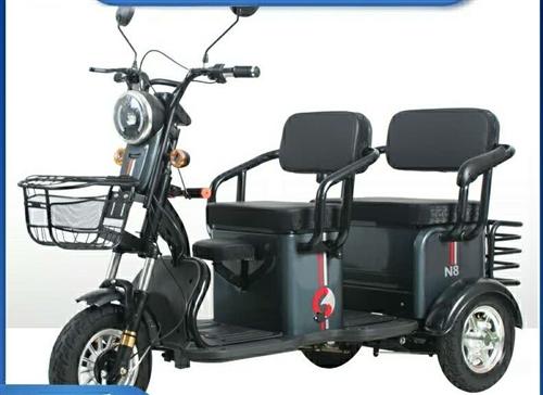 求購!求購!求購!求二手電動三輪車一輛,類似圖中的款式,價格看車談。電話18838861980