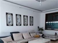 一中附近2楼岀租,每月1500,96平米,3室2厅。