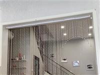 店面升级,部分货柜、墙面装饰,特价处理,九成新!