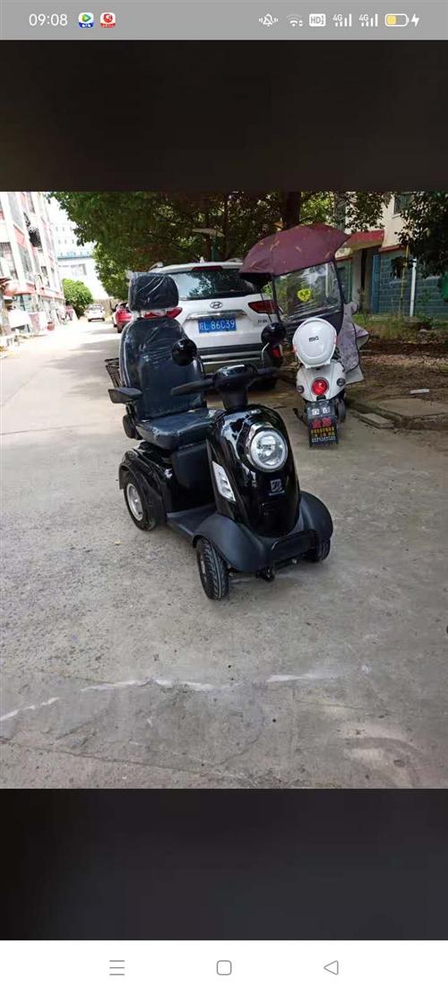 现低价出售健步休闲代步电动车一台,价格从优,非诚勿扰!