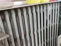 本人有两组闲置的暖气片出售,一组15片的,一组18片的,价格25元/片,有需要联系。