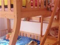 纯实木高低床,**的,买了不到一个月,买大了,所以想卖掉,可来家里看实物,非诚勿扰!