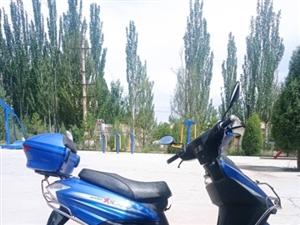 八成新大阳摩托车出售,手续齐全,经济省油价格美丽。